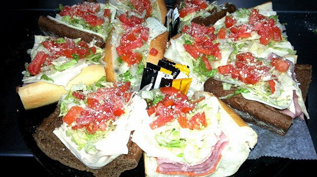 4-catering-subs